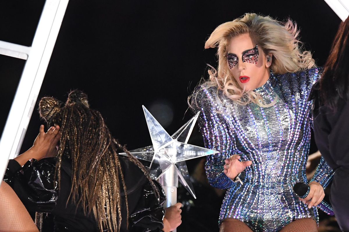 Super Bowl Halftime Show 2017 Lady Gaga Jumps From The