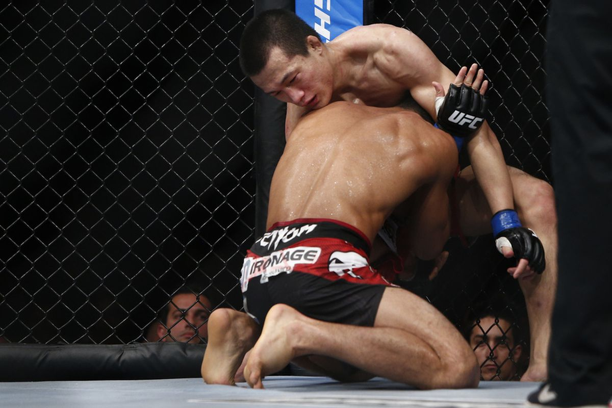 korean zombie chan sung jung back in the ufc, wants b.j. penn