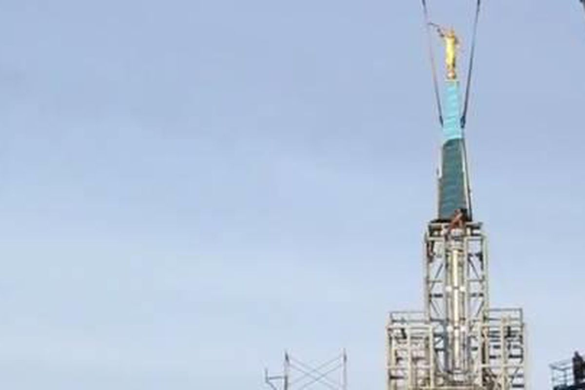 The Angel Moroni is set on top of the Calgary Temple.