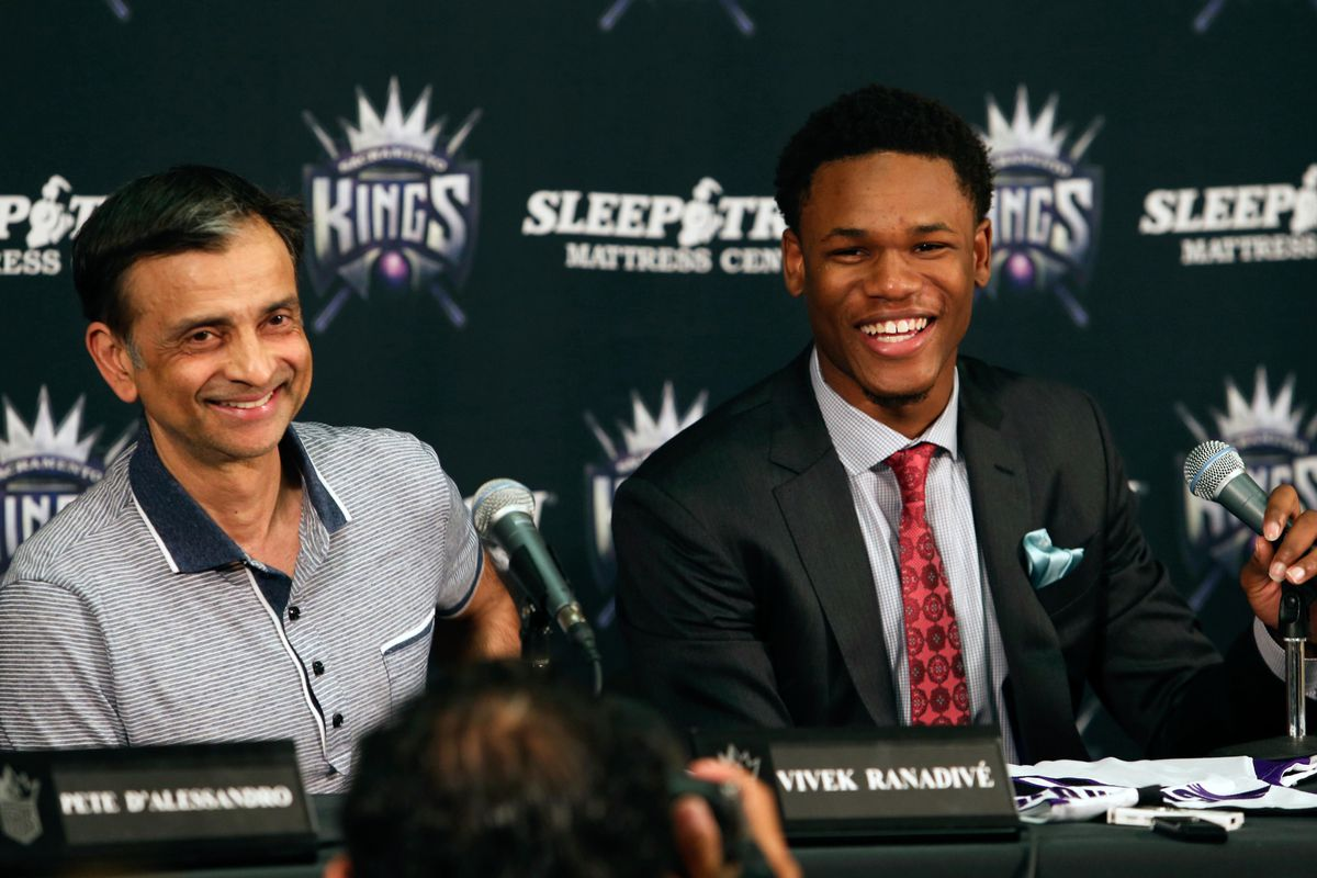 Vivek Ranadive and Ben McLemore can't believe what Chris Hansen did either.