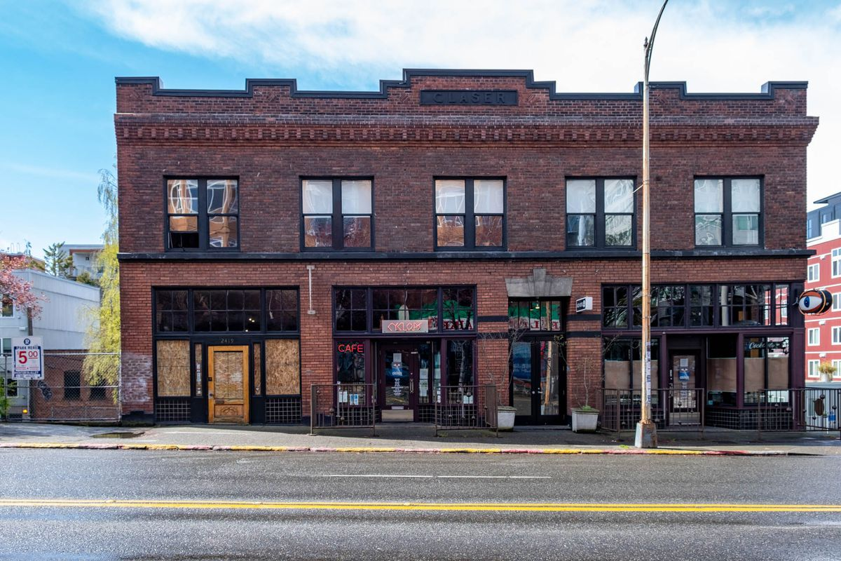 The storefront of Cyclops Bar in Belltown