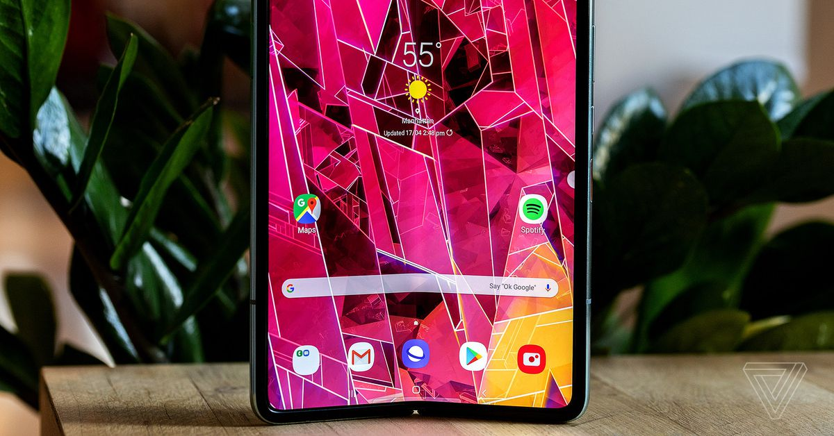 Samsung Galaxy Fold review: why you shouldn't buy it