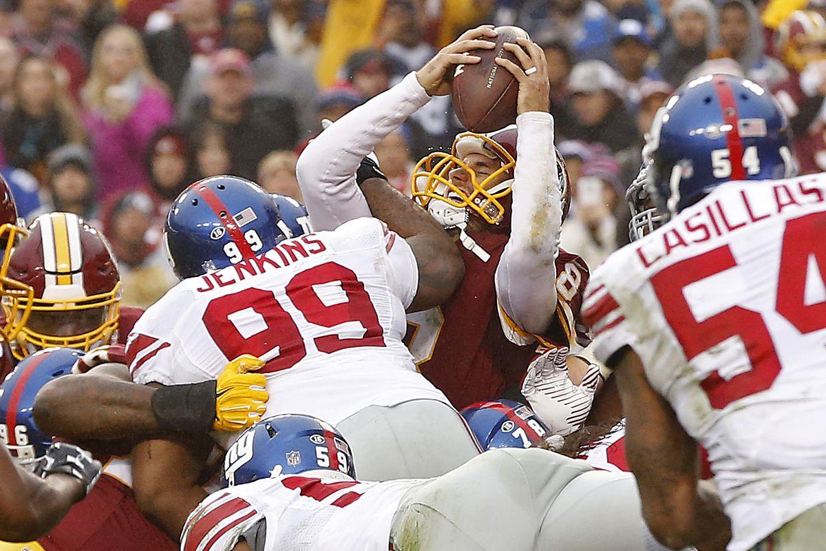 Kirk Cousins sneaks for a touchdown