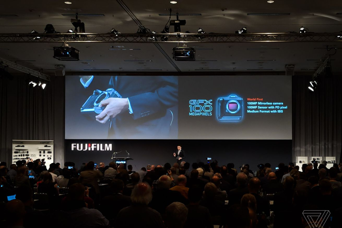 fujifilm s next medium format camera has 100 megapixels and in body stabilization