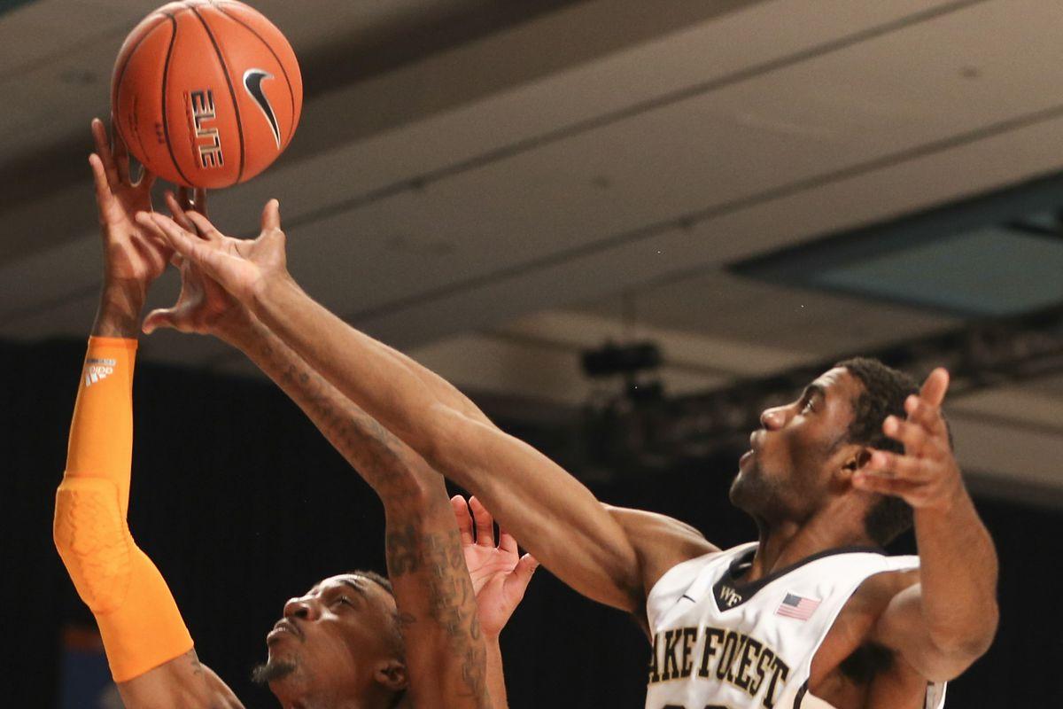 Aaron Rountree battles for a rebound against the Tennessee Volunteers last weekend