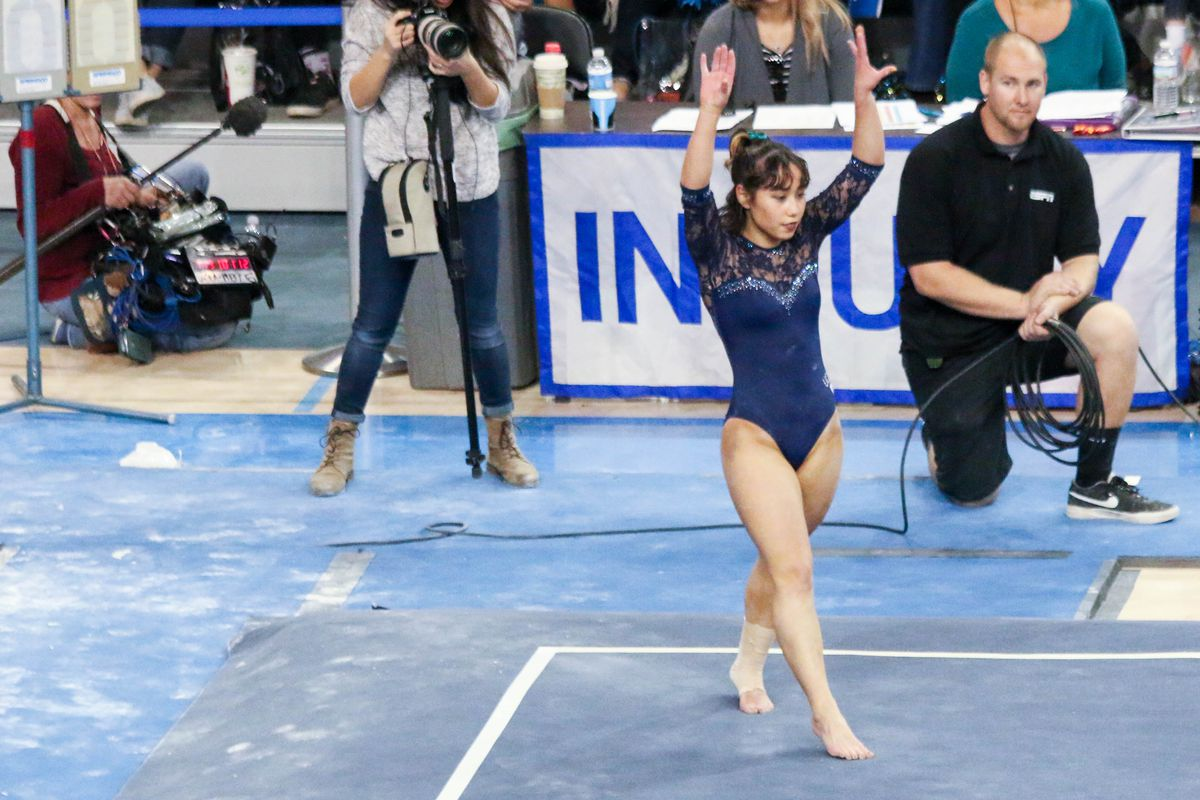 Ucla Takes Top Spot In Ncaa Gymnastics Semifinal To Move Onto Super