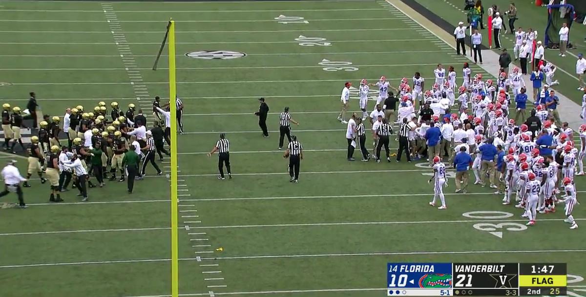 Florida And Vanderbilt Fight Including Head Coaches Screaming SBNation com