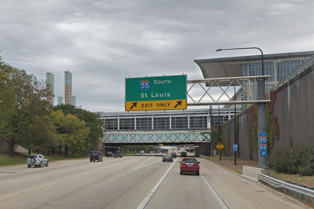 Rolling lane closures are planned for pavement maintenance July 18 and 19, 2019, on Lake Shore Drive between I-55 and 57th Street.