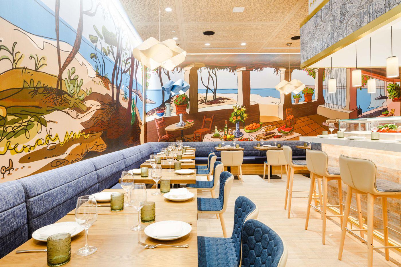 Mercado Little Spain José Andrés Colossal Hudson Yards Food Hall Opens Friday Eater Ny