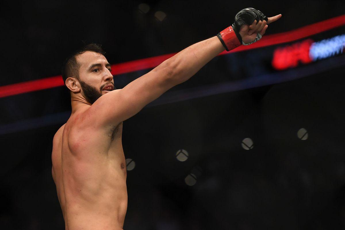 MMA: UFC Fight Night-Boston-Reyes vs Weidman