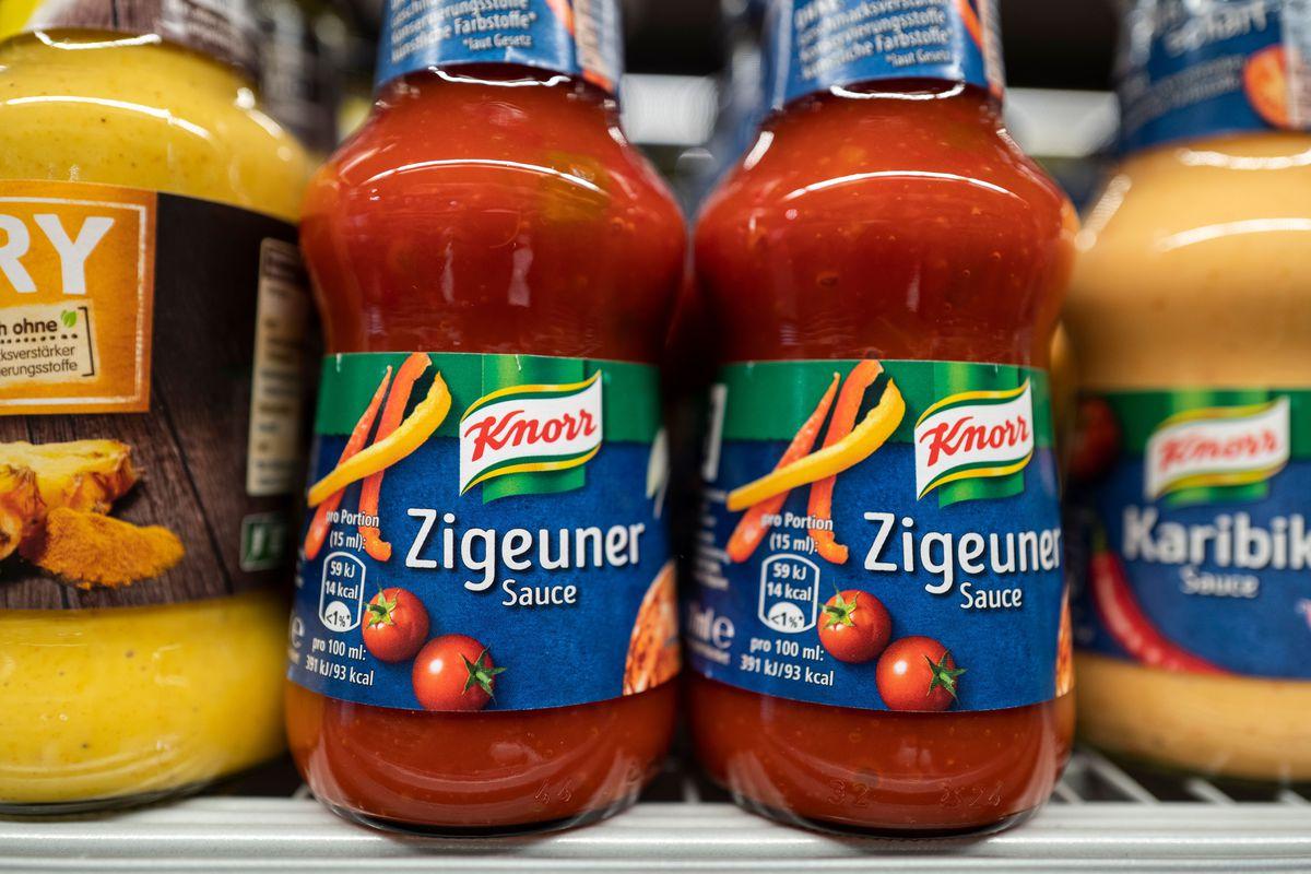 Zigeunersauce on a grocery shelf.