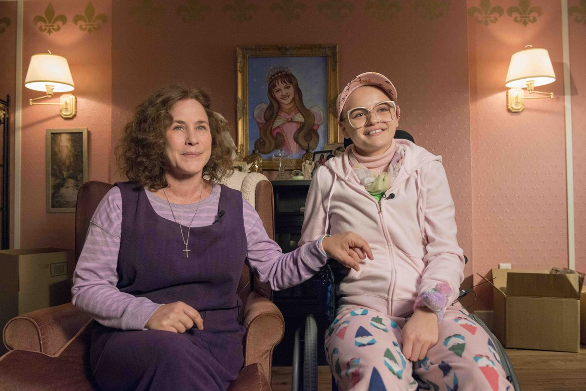 The Act- Dee Dee Blanchard (Patricia Arquette), Gypsy Rose Blanchard (Joey King)