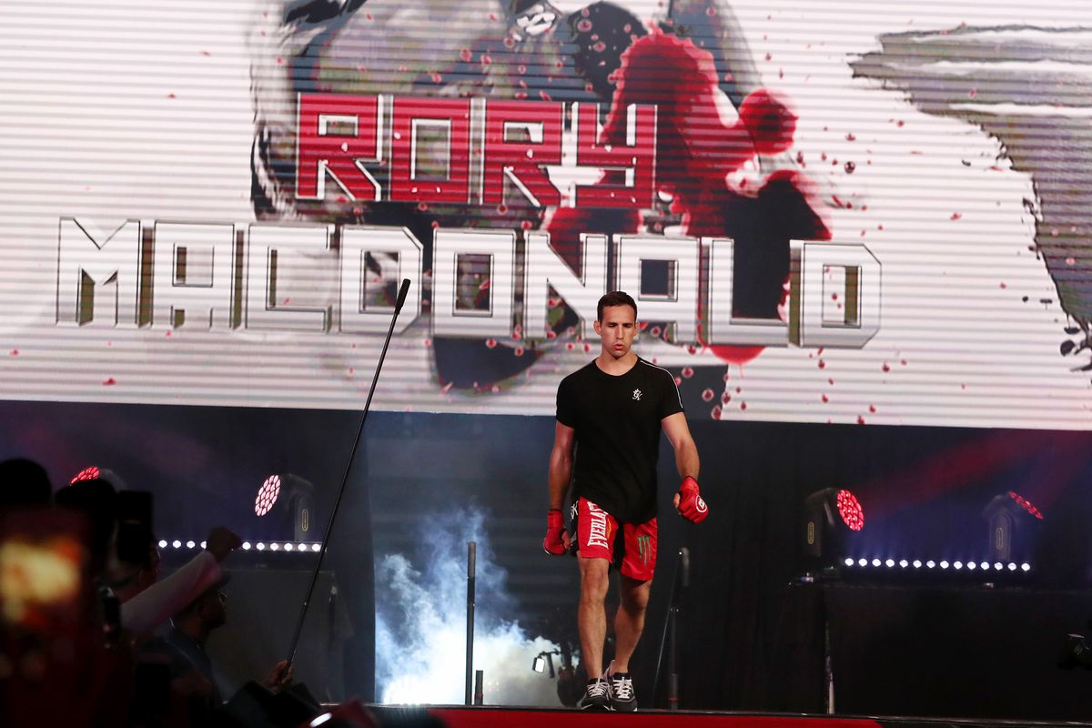 Rory MacDonald was eliminated from the welterweight tournament of the 2021 PFL season.