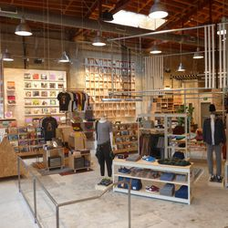 Over on the men's side, find art and design books, vintage and new vinyl, Crosley turntables, and guitars and amps by Fender and Gibson. Plus, UO says they'll be hosting regularly scheduled pop-up marketplaces, where local designers, labels and artisans c
