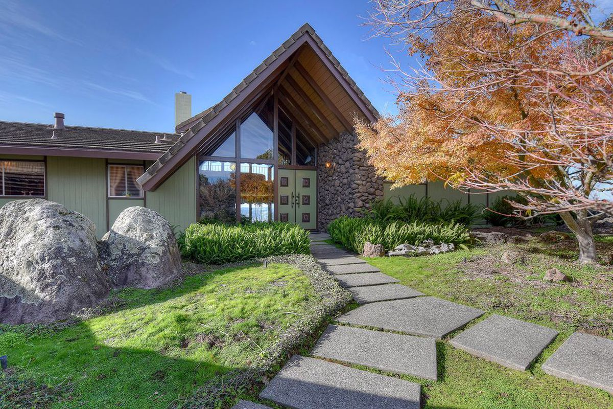 10 Most Stunning Midcentury Homes For Sale In 2016 Curbed