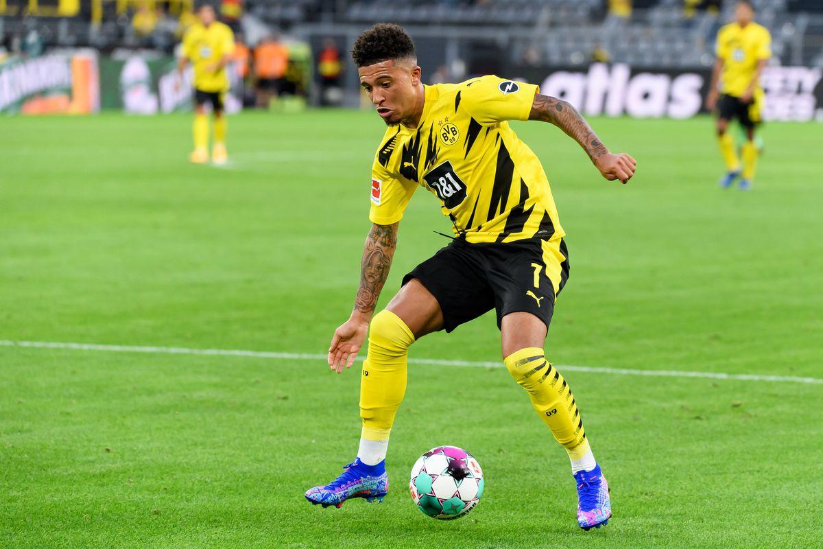 Sancho's form down due to United talks, Dortmund CEO