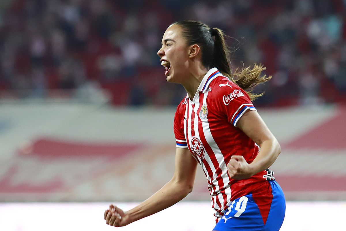 Anette Vázquez has two goals during the Liguilla, including Chivas' lone goal in the first leg.