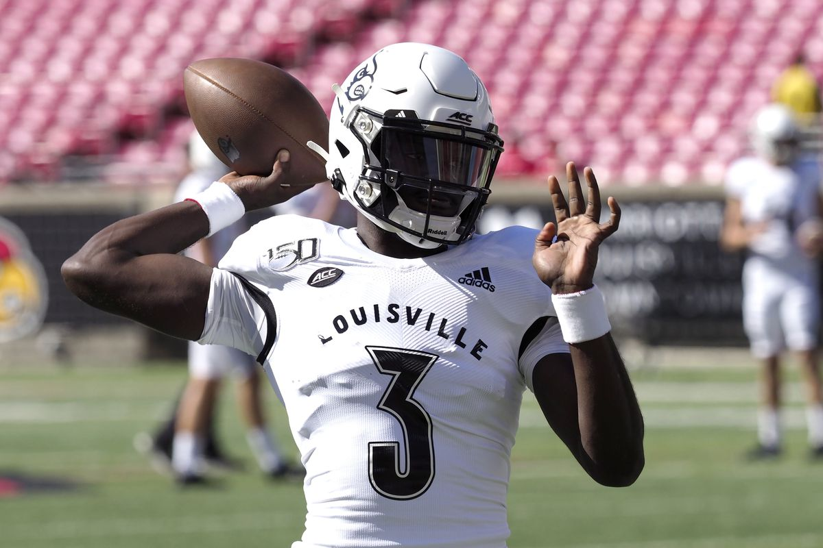"""Micale Cunningham of the Louisville Cardinals warms up before the game against the Boston College Eagles at Cardinal Stadium on October 05, 2019 in Louisville, Kentucky. Previously referred to as """"Malik"""", Cunningham told Louisville officials that he is now going by his given first name, Micale."""