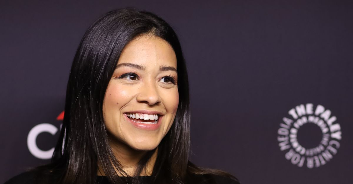 """Gina Rodriguez said the n-word on Instagram, then issued a weak """"apology"""""""