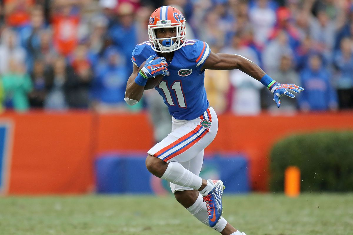 Everyone's second-favorite team Saturday. Besices, that's a DeMarcus Robinson. Gotta root for him.