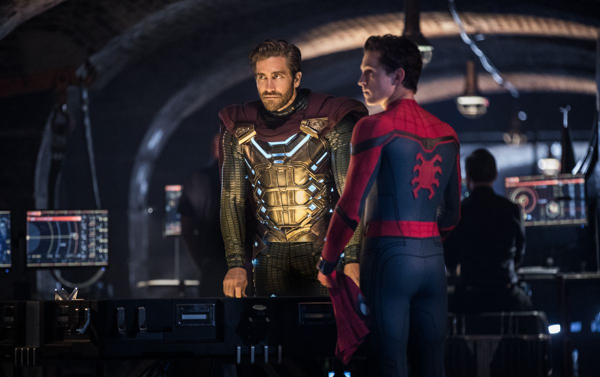 """Quentin Beck (Jake Gyllenhaal) aka Mysterio and Spider-Man (Tom Holland) in """"Spider-Man: Far From Home."""""""