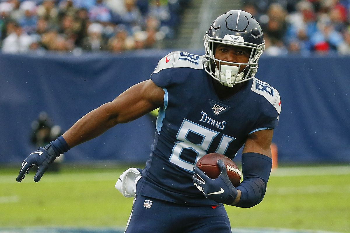 Jonnu Smith of the Tennessee Titans plays against the New Orleans Saints at Nissan Stadium on December 22, 2019 in Nashville, Tennessee.