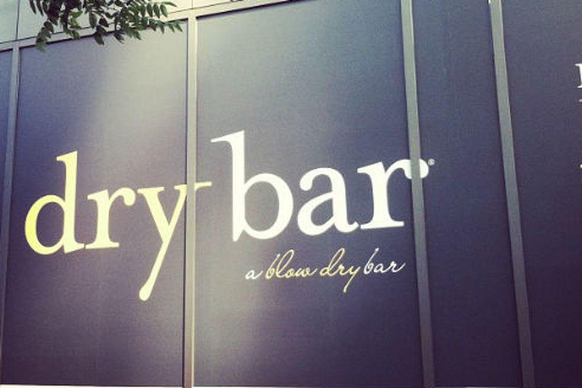 "Drybar signage on East 34th Street via <a href=""https://twitter.com/aliflower1/status/214449953366474752"">@aliflower1</a>/Twitter"