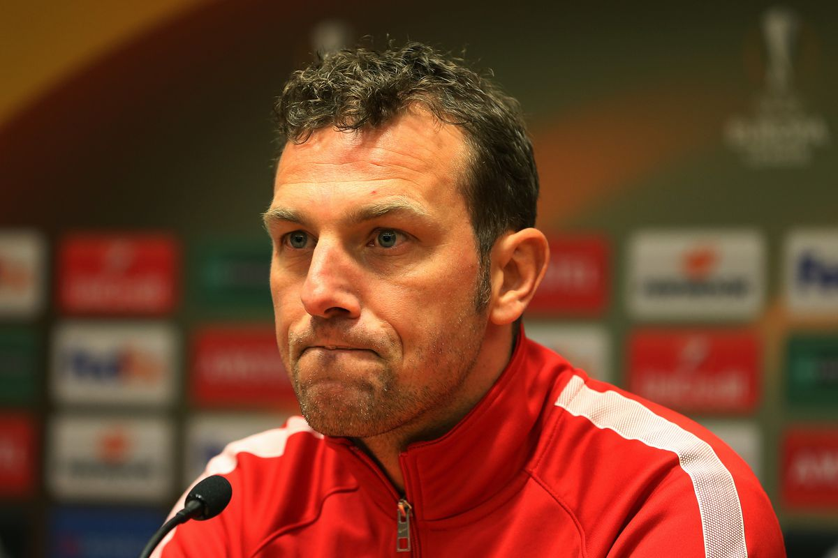 FC Augsburg Training Session & Press Conference