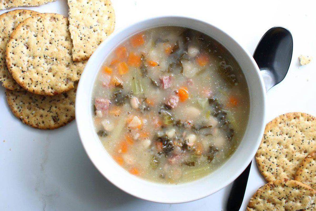 Soup and crackers from Soup Peddler