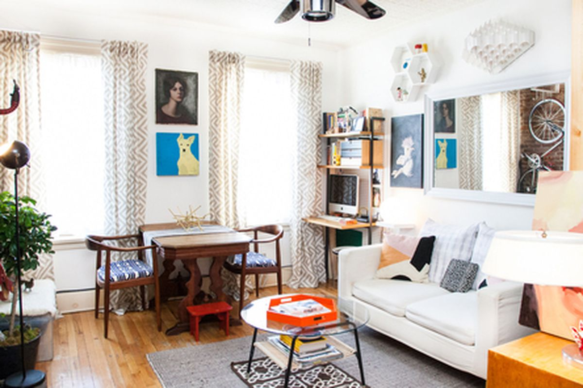 """Photo courtesy Refinery29 and via <a href=""""http://curbed.com/archives/2014/05/21/come-step-inside-the-lilliputian-lair-of-refinery29s-editor.php"""">Curbed</a>"""
