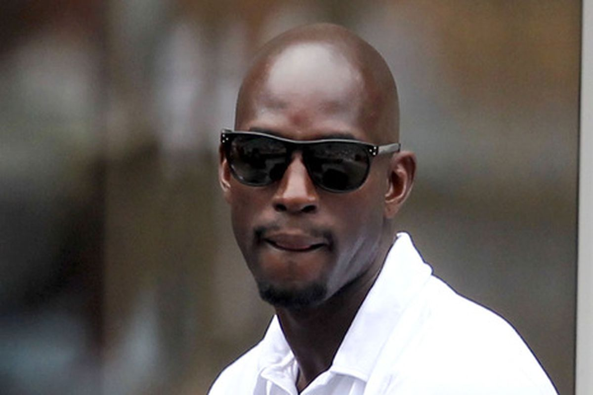 kevin garnett with personal fortune of nearly 200 million
