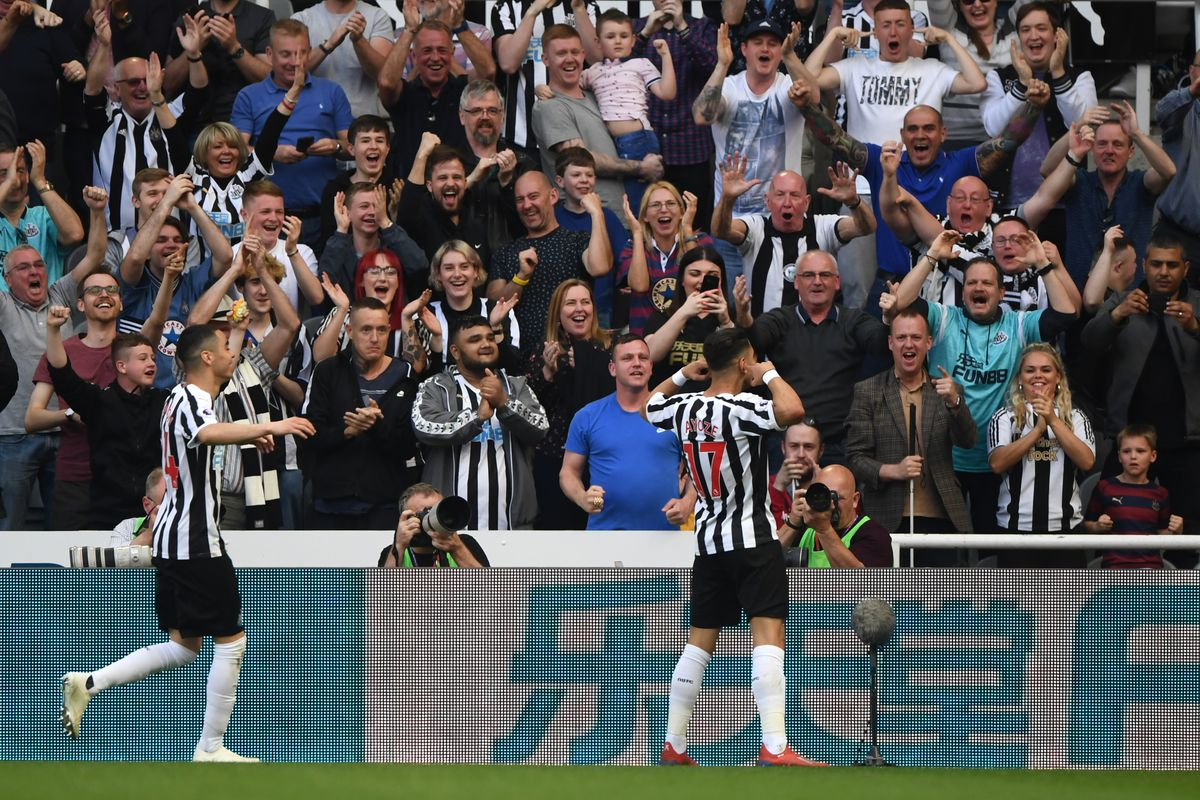 Newcastle United v Southampton FC - Premier League