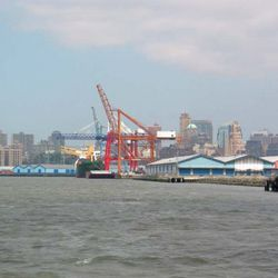 The Brooklyn Waterfront today. Yep, this used to be one big vineyard.