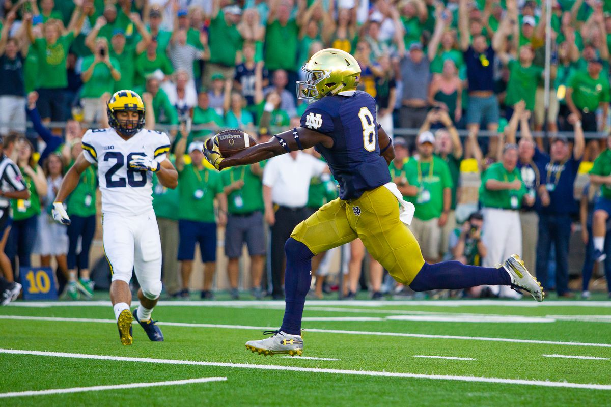 AP shows why they are irrelevant with Notre Dame ranked #9