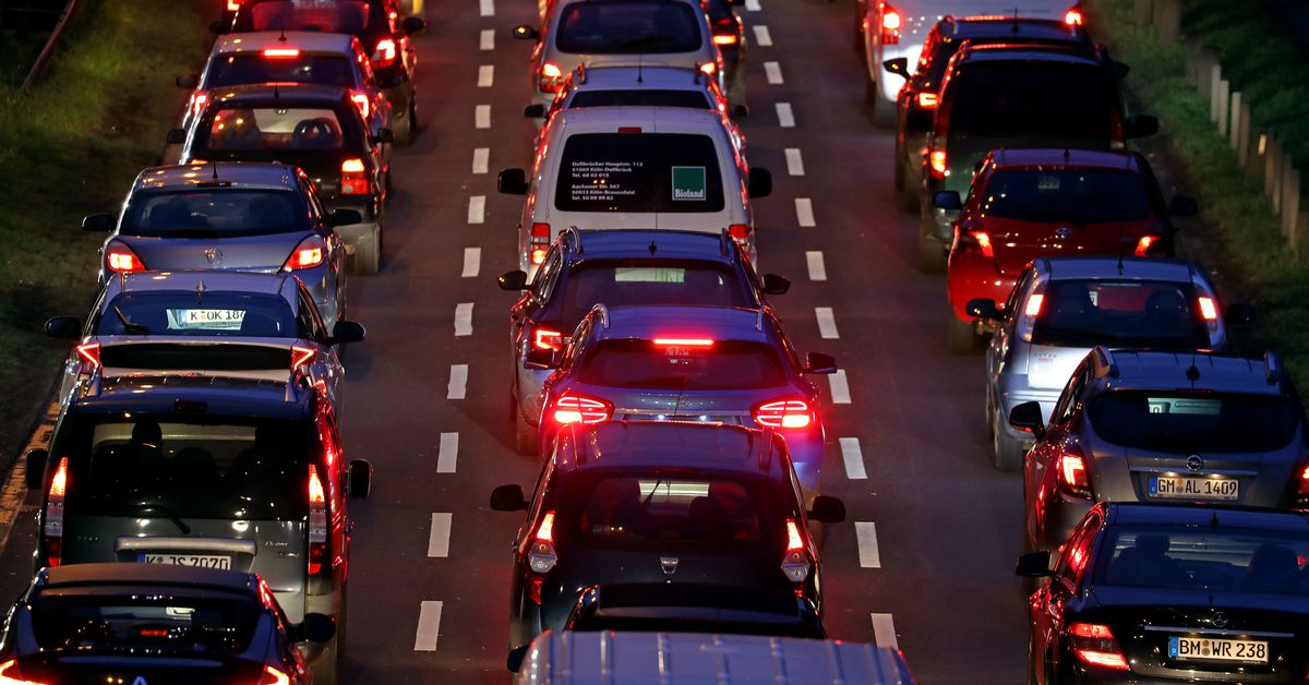 Uber and Lyft generate 70 percent more pollution than trips they displace: study