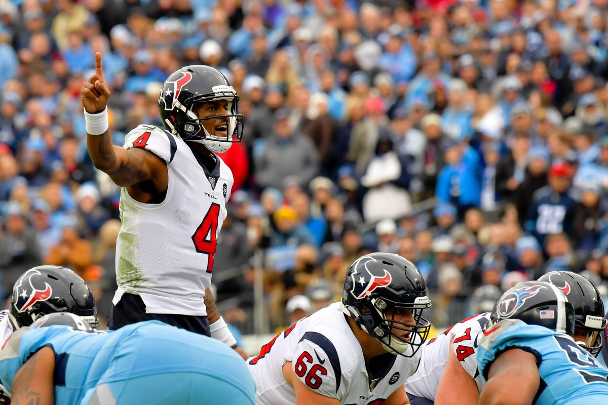 Houston Texans quarterback Deshaun Watson at the line against the Tennessee Titans during the second half at Nissan Stadium.