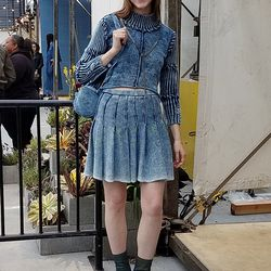 Knorts designer Eleanore Guthrie sported her own edgy-cool knitwear creations.