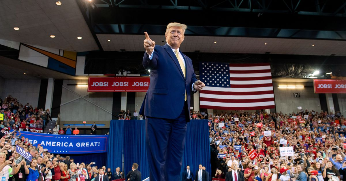 At a Louisiana rally, Trump signals aggressive tactics in the 2020 fight thumbnail