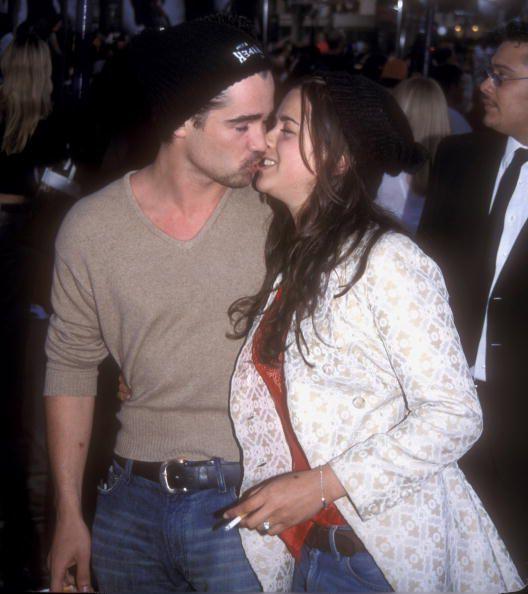 Colin Farrell and Amelia Warner kissing