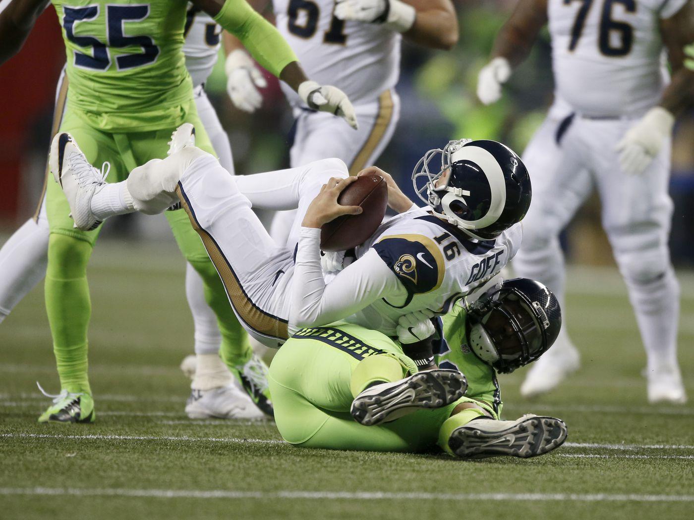 Seahawks vs. Rams was the crappiest Thursday night  poopfest  all season -  SBNation.com a4b1214b2
