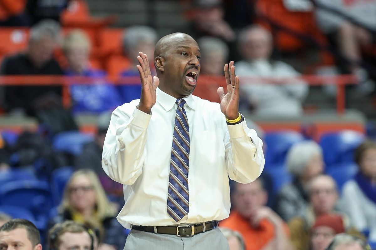 Head coach Allen Edwards of the Wyoming Cowboys encourages his team during first half action against the Boise State Broncos at ExtraMile Arena on January 01, 2020 in Boise, Idaho.
