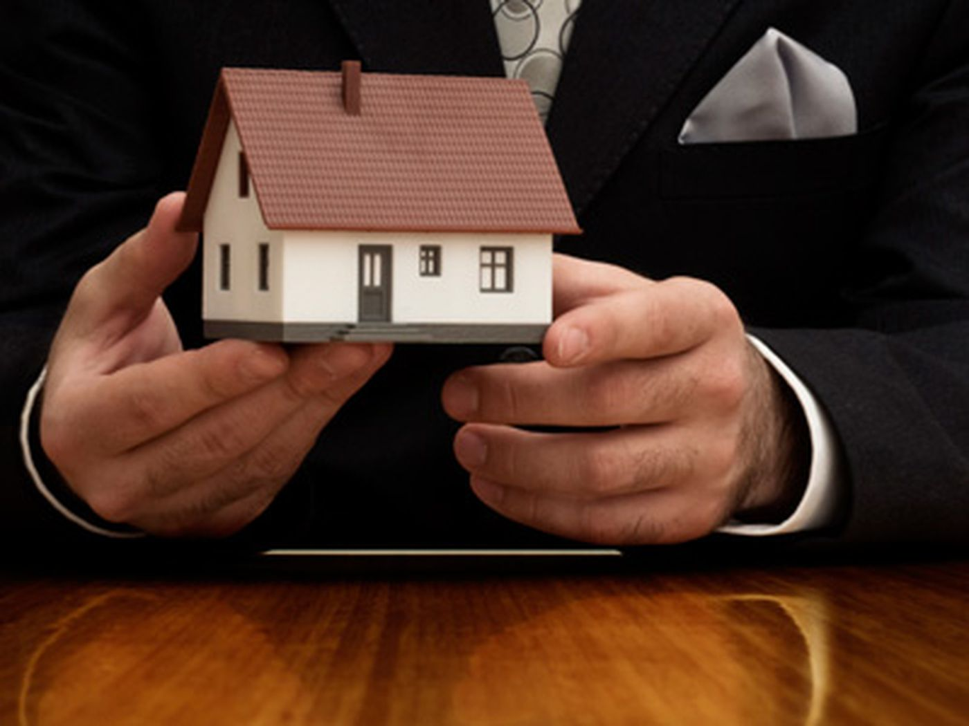 15 Secrets No Real Estate Broker Will Tell You This Old House