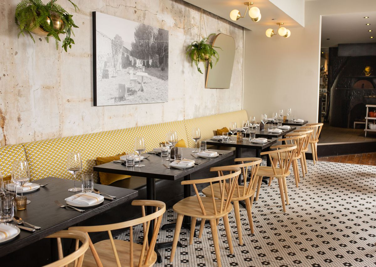 The dining room at Forsythia