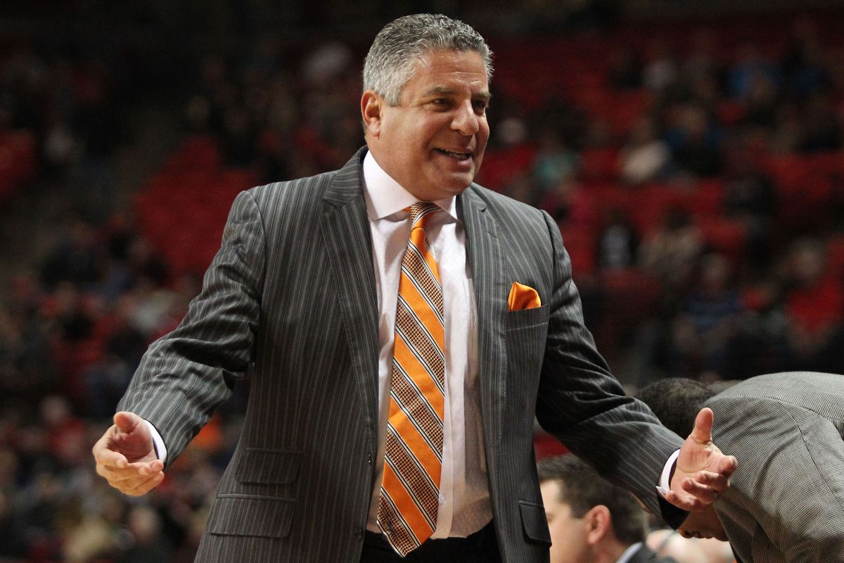 It will be a different shade of orange that Bruce Pearl brings to Knoxville on Saturday