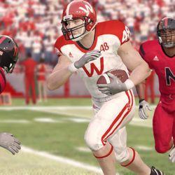 EA Sports - NCAA Football 13