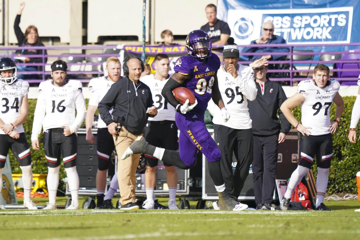 low priced b40ba afc53 Cincinnati Bearcats Opponent Preview: East Carolina Pirates ...