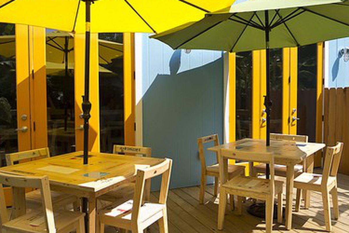 The patio at La Fisheria.