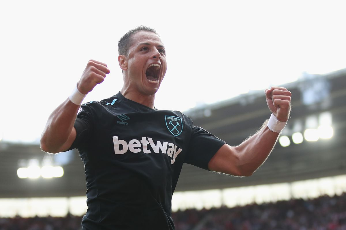 West Ham beats Huddersfield 2-0, gets off mark in EPL
