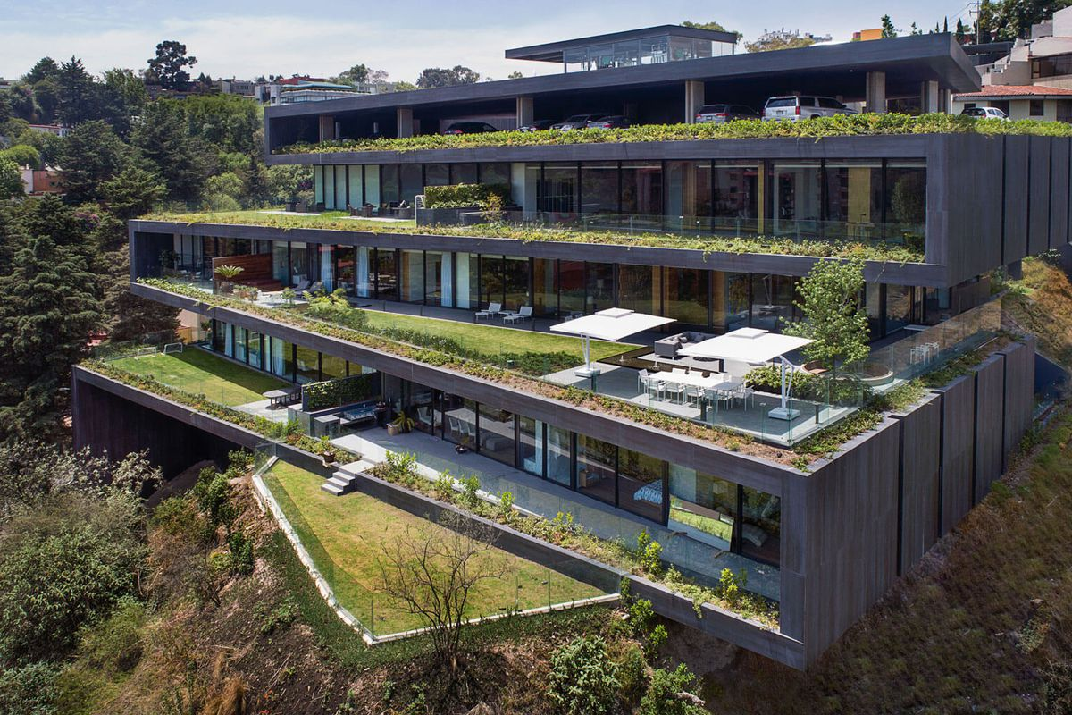 Mexico City apartment building twists for enviable green ...