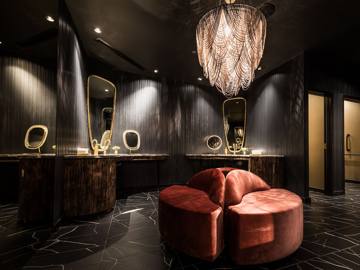 12 Chicago Restaurant Bathrooms You'll Want to Put on Instagram on